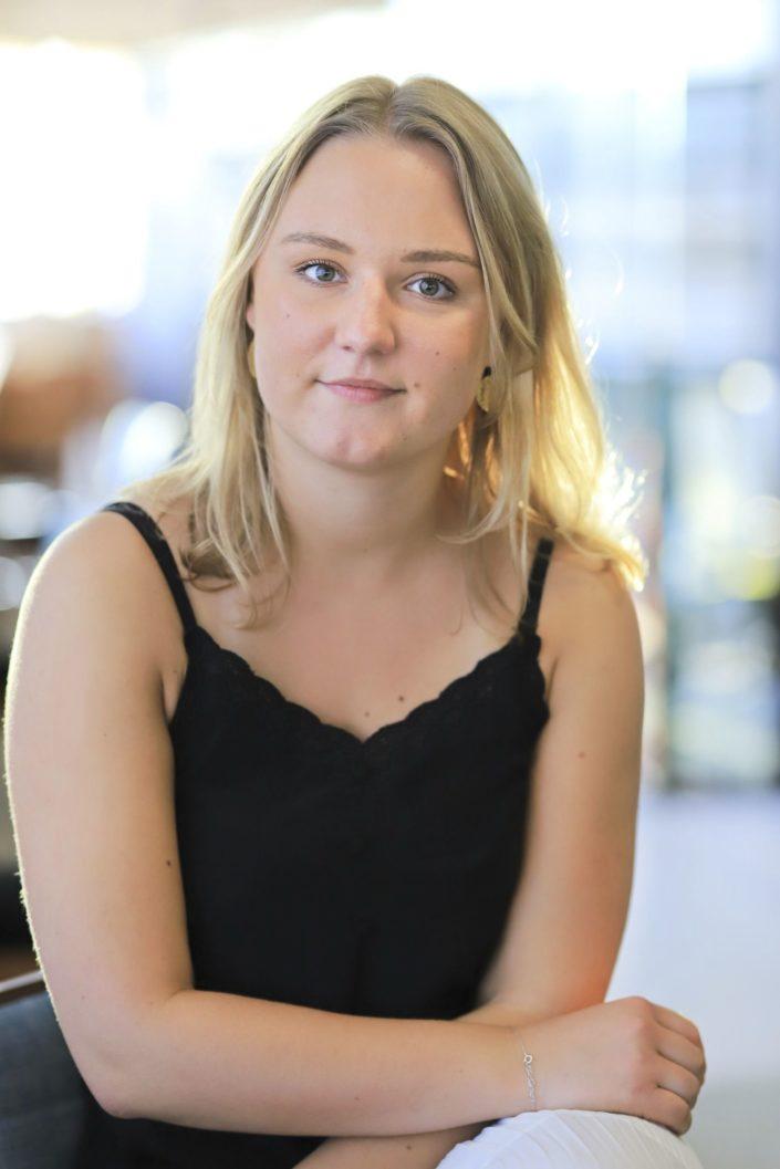 Image réalisée par un photographe événementiel à Lyon lors d'un Cocktail recrutement pour proprioo